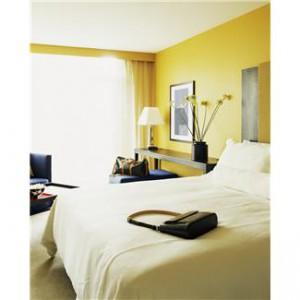 neat bedroom2